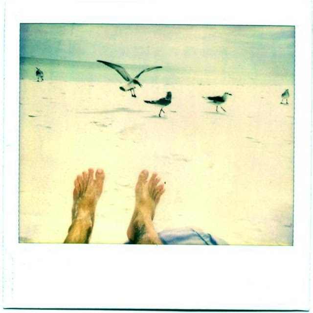 summer_toes_Polaroid