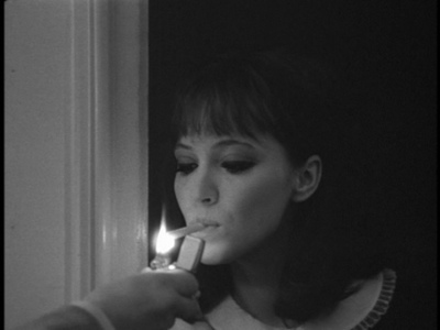 anna-karina-beautiful-black-and-white-cigarette-collar-Favim.com-180172